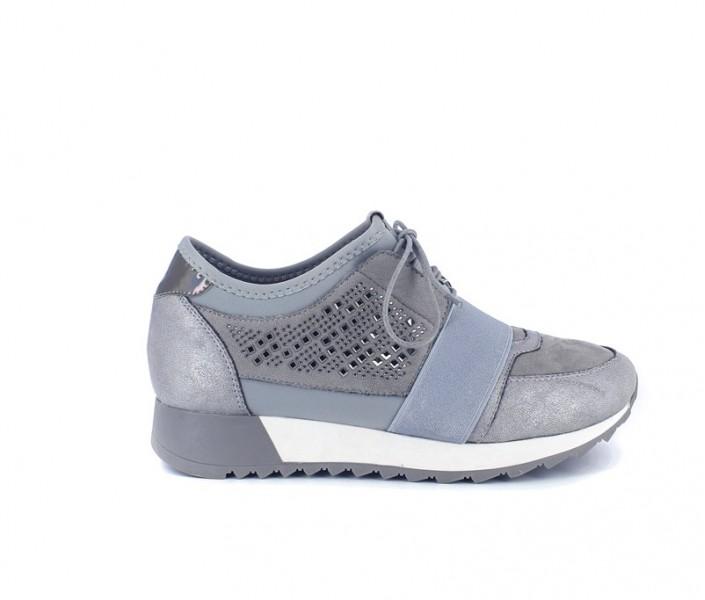 Sneaker urbano con elástico...